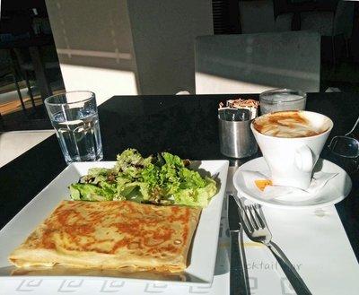 athens_breakfast.jpg