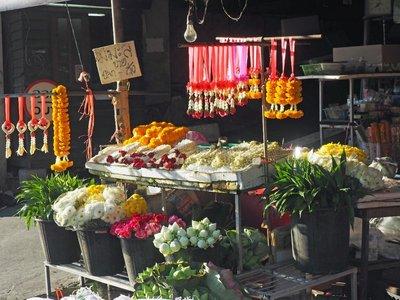 chiang_mai_flower_stall.jpg