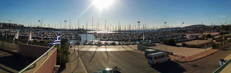 large_piraeus_yacht_club.jpg