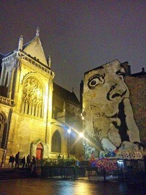 paris_near_pompidu.jpg