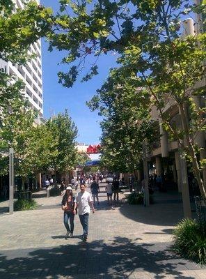 perth_downtown_shopping.jpg
