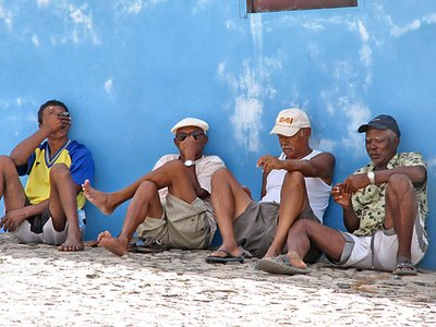 Cape Verde People http://www.travellerspoint.com/photos/gallery/features/countries/Cape%20Verde/