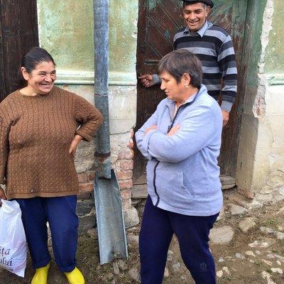 Diana doing Food Distribution in Fanteneli, Sibiu County, Romania.