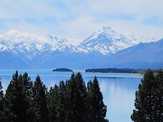 Mount Cook across Lake Tekapo