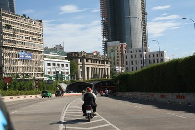Saigon_City_019.jpg