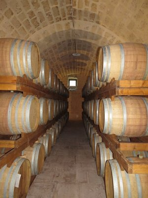 Puglia_wine_cellars.jpg