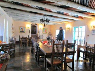 Taos_Mabel..e_kitchen_G.jpg