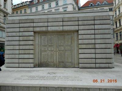 Vienna_juden_platz_mem2.jpg