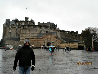 edinburgh_castle_g.jpg