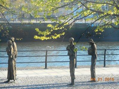 famine_memorial.jpg