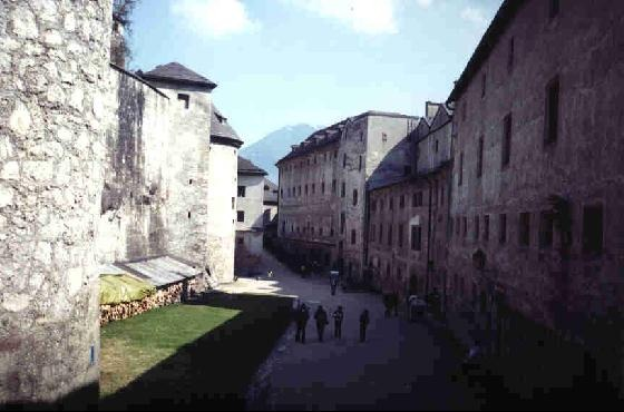 41857-The_Fortress_and_St_Georges_Salzburg