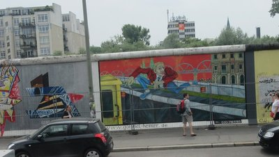 East Side Gallery wall painting