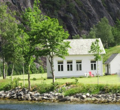 School at Mostraumen - accessed by water