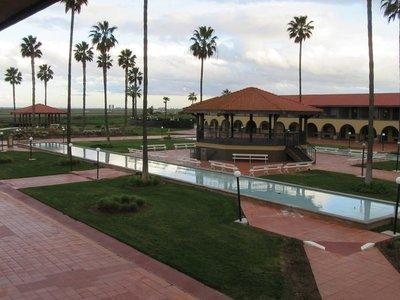 Hotel Mission de Oro courtyard
