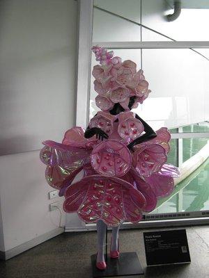 Pinker Belle costume