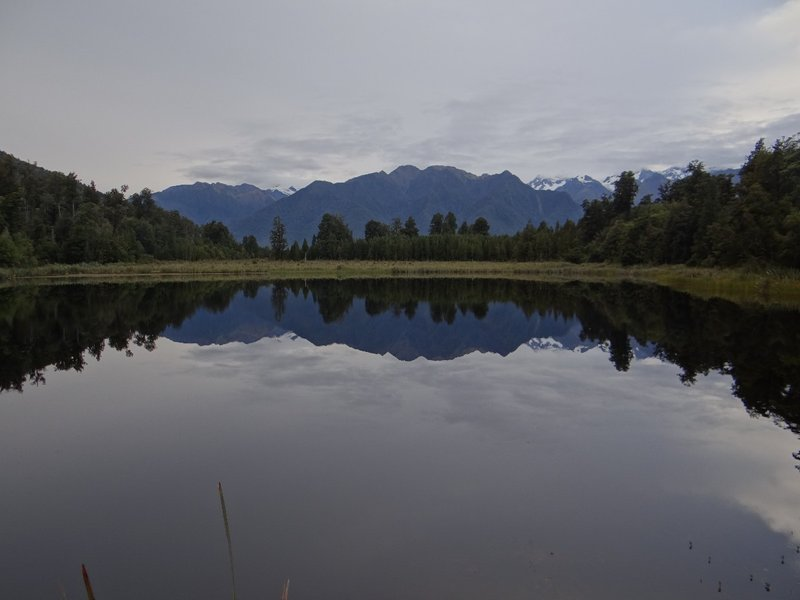 Reflecting Lake in front of the Southern Alps