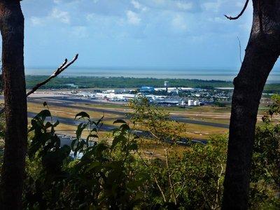 Cairns_airport.jpg