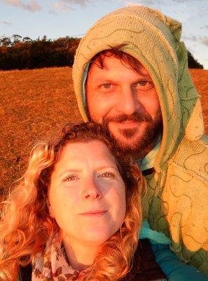 Charlotte & Mark sunset hill2