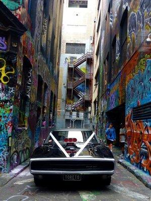 Graffiti_Car_Front.jpg