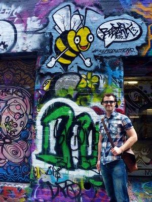 Graffiti_Eric_Bee.jpg