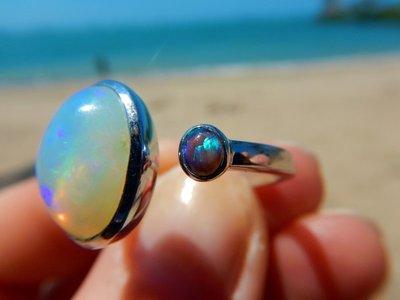 Opal_ring1.jpg