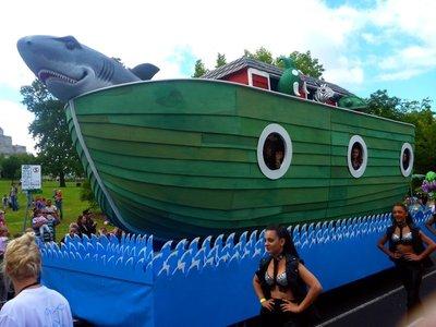 Parade_boat.jpg