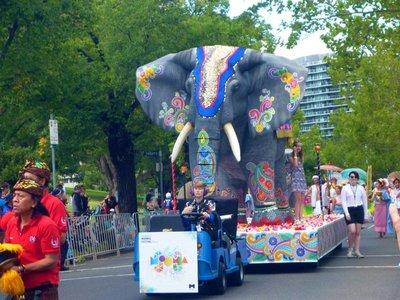 Parade_elephant_city.jpg