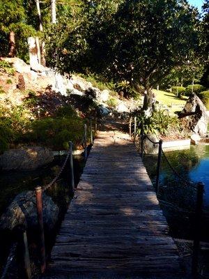 Rockhampto..dens_bridge.jpg