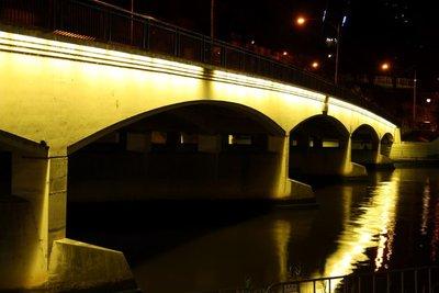 Swan_Street_Bridge.jpg