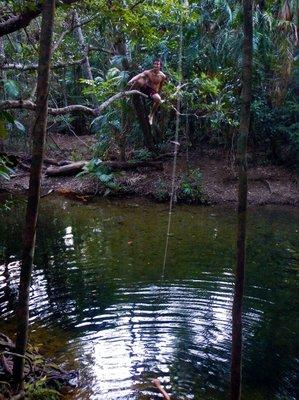 Tarzan_Mas..mming_hole1.jpg