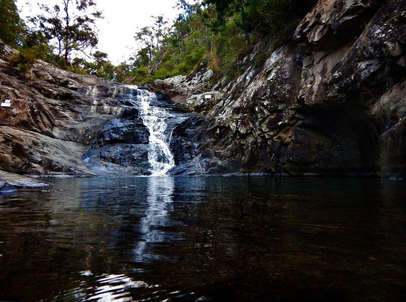 Cedar Creek Falls2