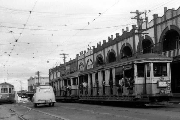 110908-tram-06