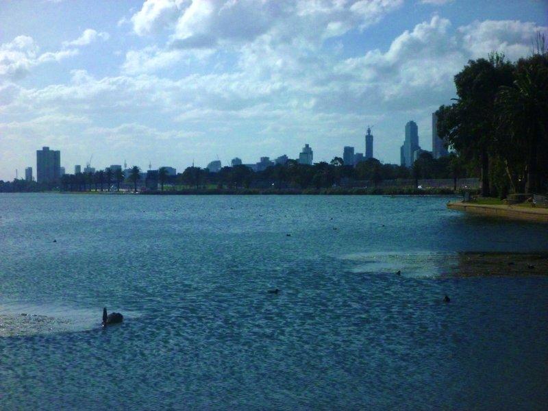 large_CBD_behind..t_Park_Lake.jpg