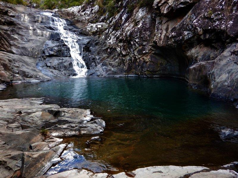 Cedar Creek Falls3