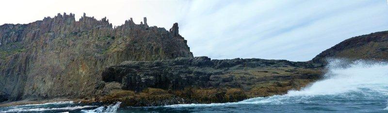 large_Pointy_Rocks.jpg