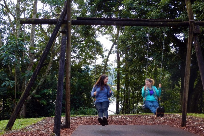 Swings Nina & Charlotte
