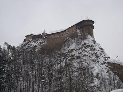 Oravea Castle