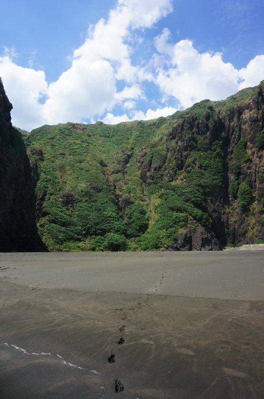 Cliff of the secret beach