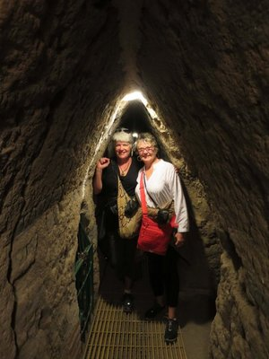 JoynGinny_in_tunnel.jpg