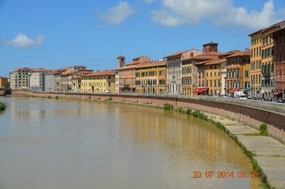 Bridge across river Arno
