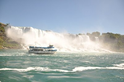 Niagara with the Maid of Mist