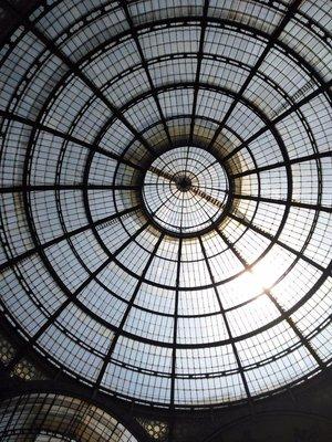 Glimpse of Galleria Vittorio Emanuele II