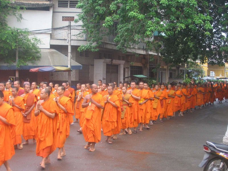 Phnom Penh - Monks on their way to the temple