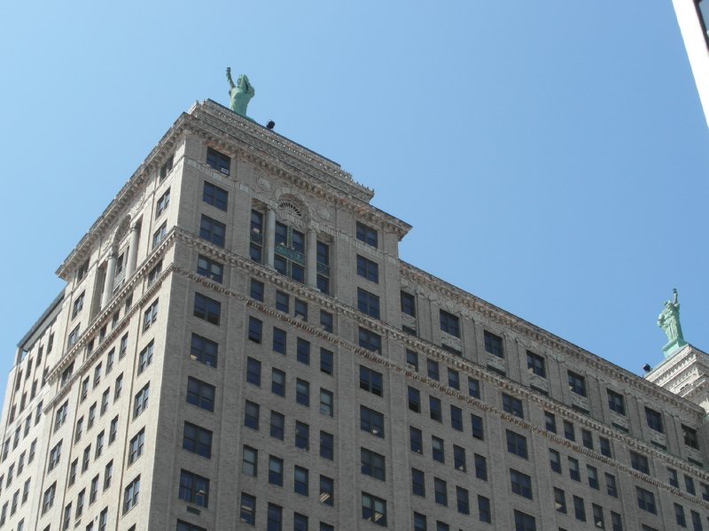 Liberty Statues on Buffalo building