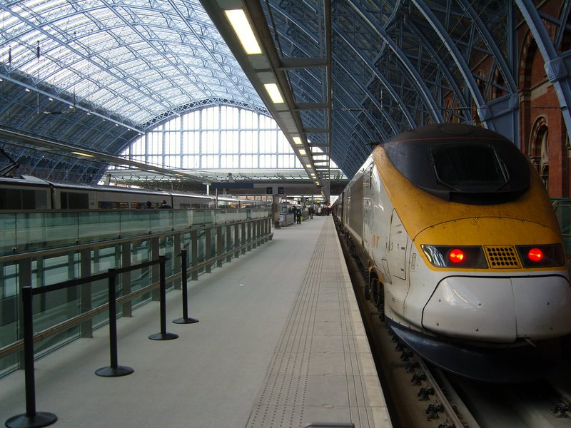 St. Pancras International on opening day - 8