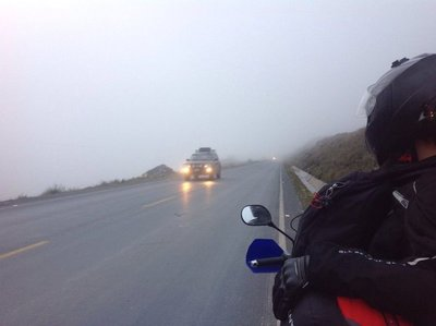 Foggy road back to La Paz