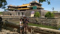 Entrance_to_Hue_Citadel.jpg