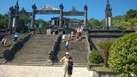 Tu_Doc_Tomb_stairs.jpg
