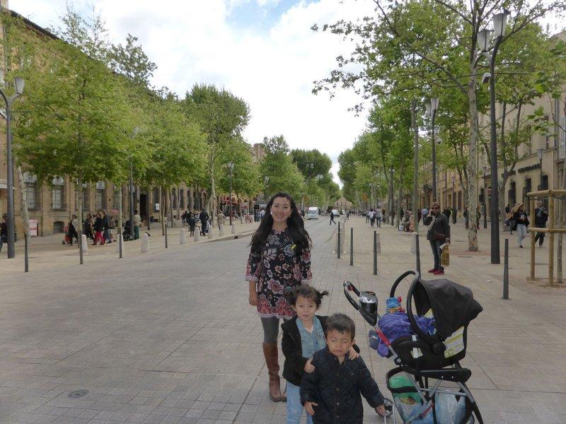 large_Aix_en_Provence_2.jpg