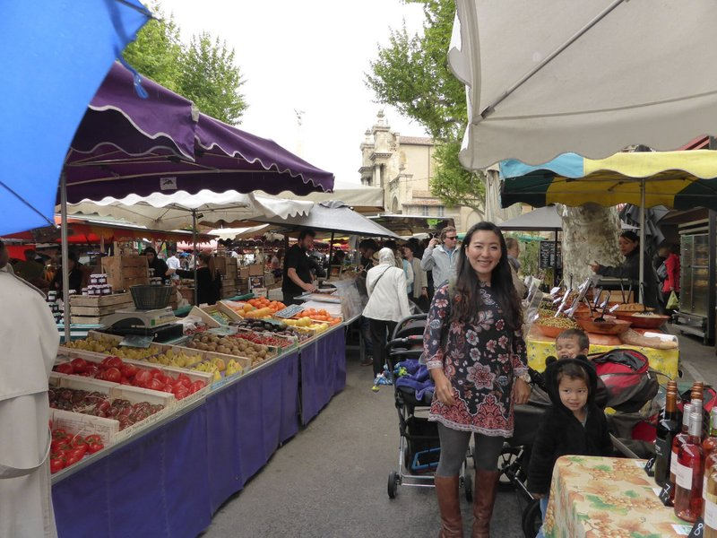 large_Aix_en_Provence_market_2.jpg